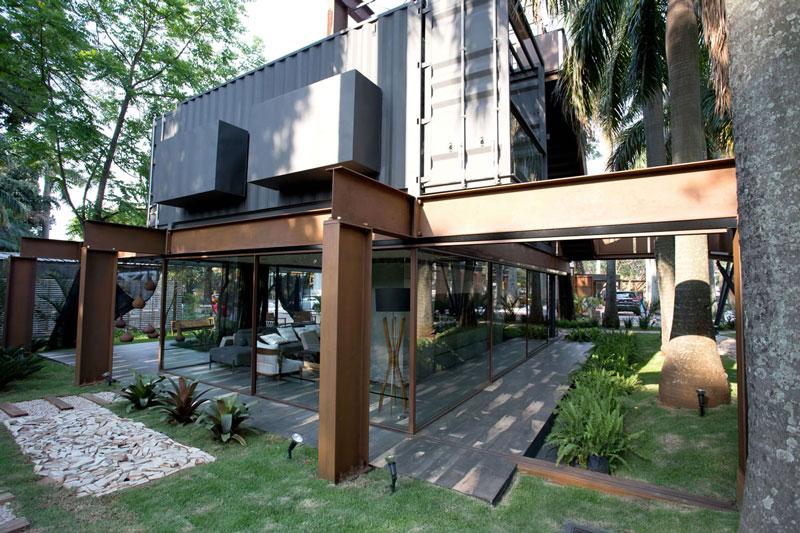 2 casa de containers porcelanato decortiles-casa-cor-paraguai-aldo-cristaldo_laura-oviedo_andrea-delmas-blackwood-20x120cm