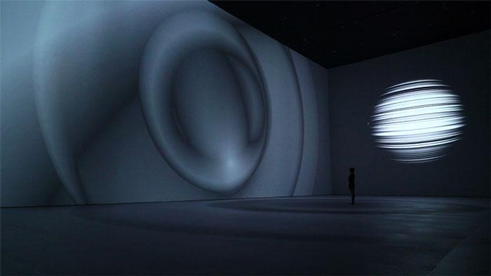 instalação oriens museu de arte moderna de pequim