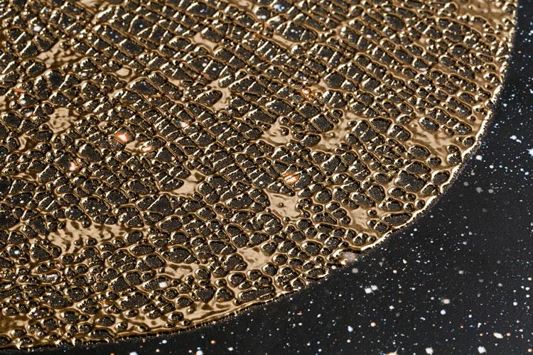 4 revestimento dourado coleção órbita decortiles assinado por irmãos campana