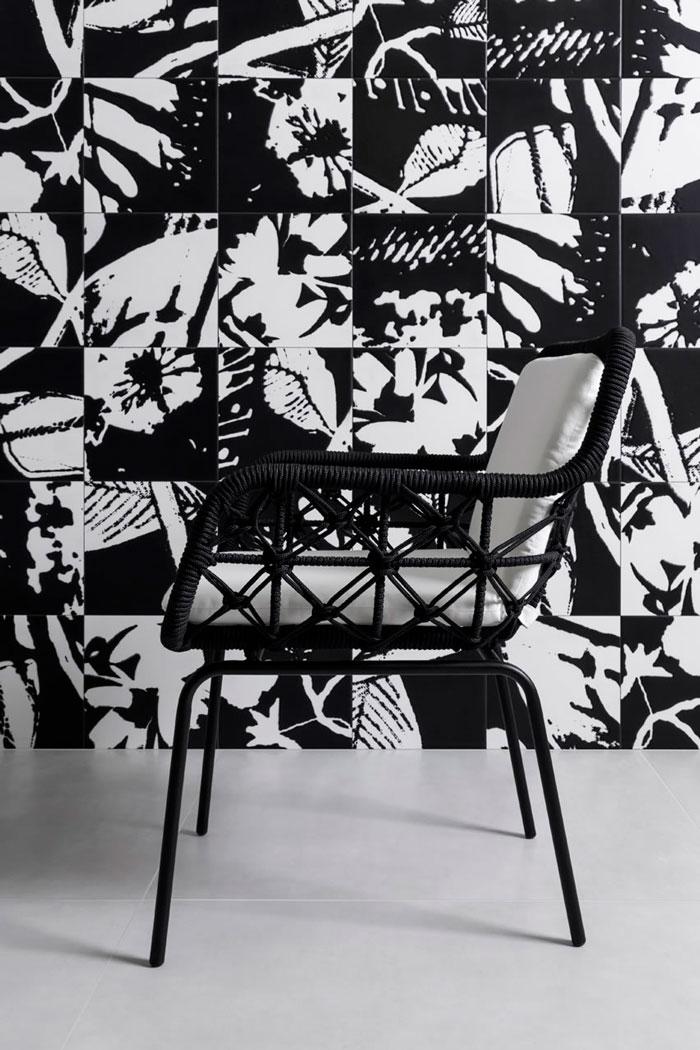 7-azulejo-floral-preto-e-branco-stencil-decortiles