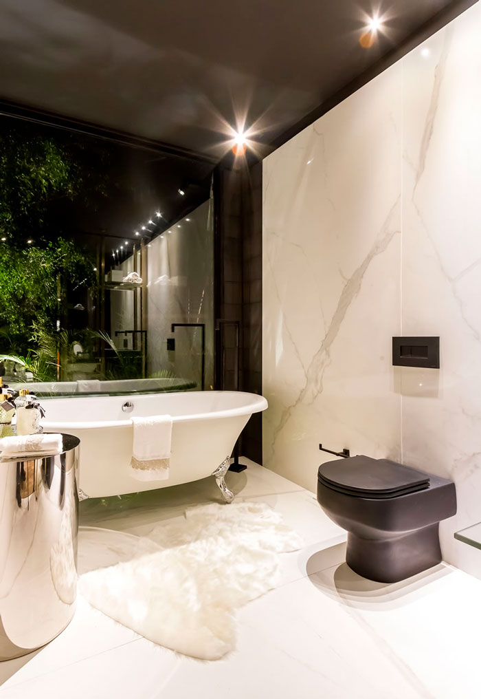 4 salas-de-banh-luxuosas-decortiles-casa-cor-bolivia-tassiana-oshiro-casa-de-fin-de-semana-carrara-120x240cm-foto-alvaro-mier