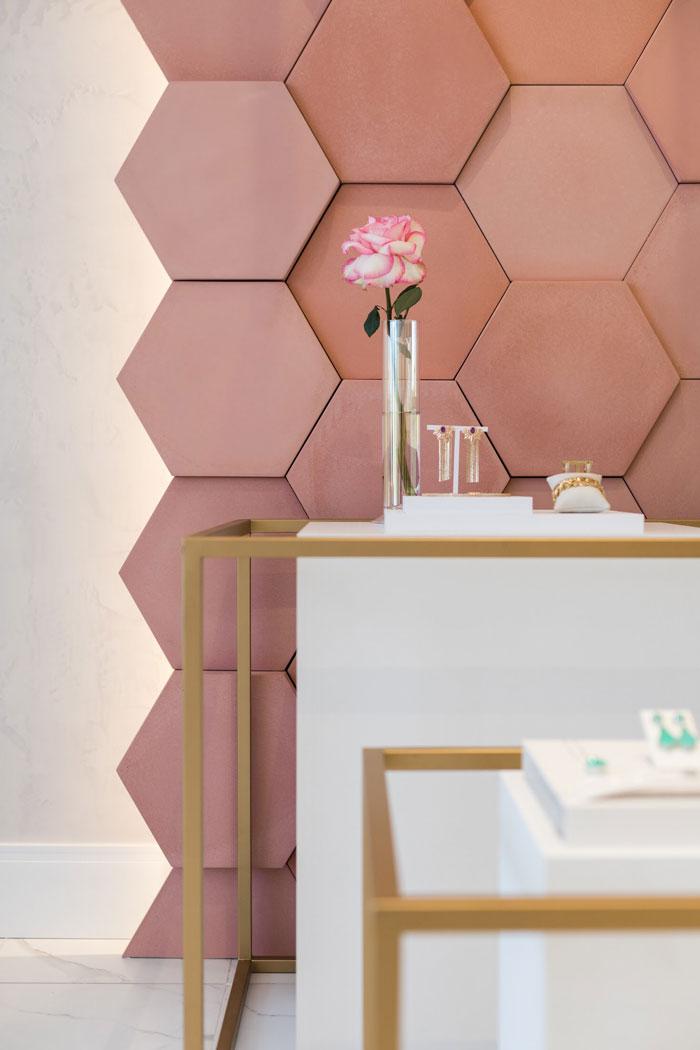 revestimento rosa cimentício decortiles showroom noah semijoias paraná projeto vp arquitetos